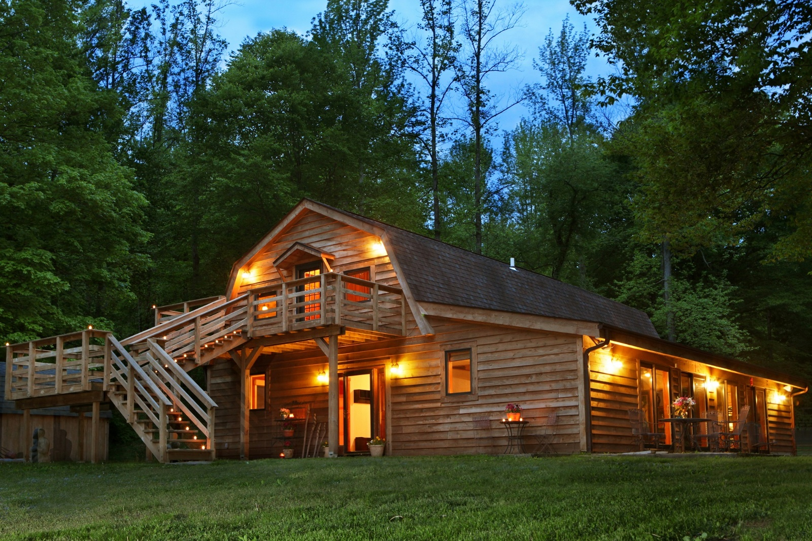 Cabin | galleryhip.com - The Hippest Galleries!