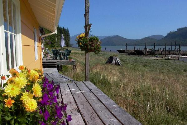 Cassiar Cannery - boardwalk view
