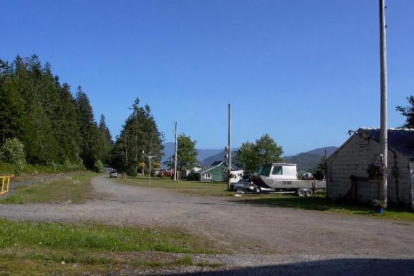 Cassiar Cannery - view behind the houses