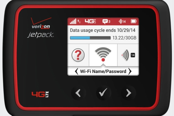 The Verizon Jetpack MiFi 6620L supports 4G-XLTE, 4G-LTE and 3G wireless protocols
