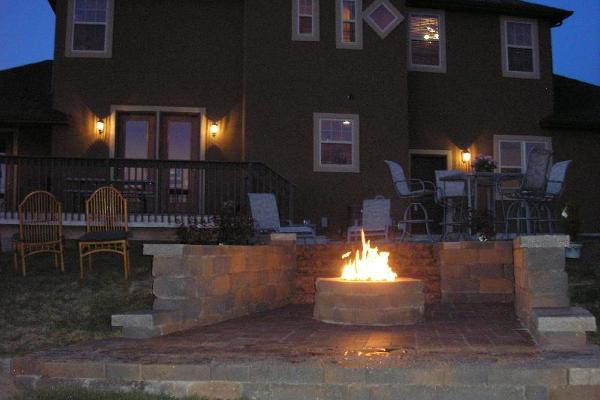 Fire pit with sitting walls, stairs and Paver Patio
