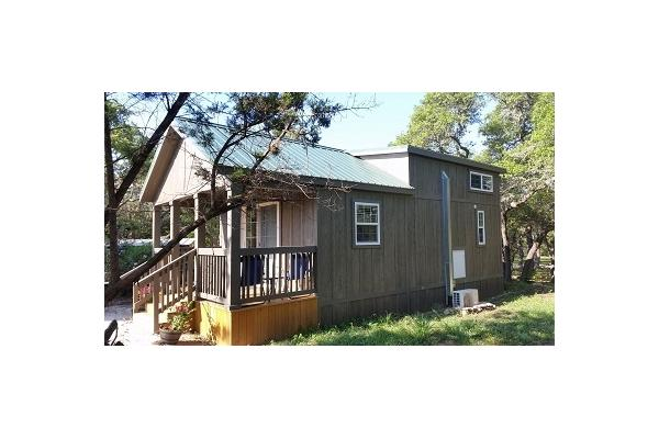 Cabin - 1 Bedroom, 1 Bath, Kitchen, Loft, Covered Deck